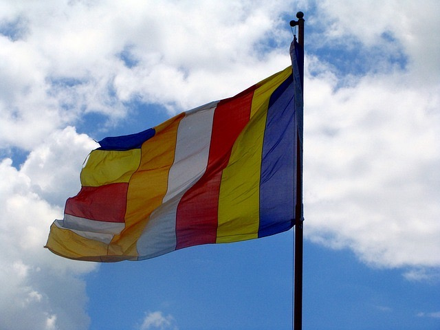 THE FOUR SCHOOLS OF TIBETAN BUDDHISM - Ani Laura Coccitto